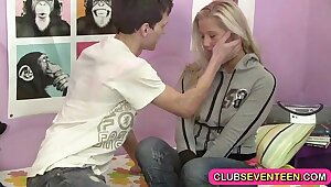 Snug teen pussy pining for a sausage